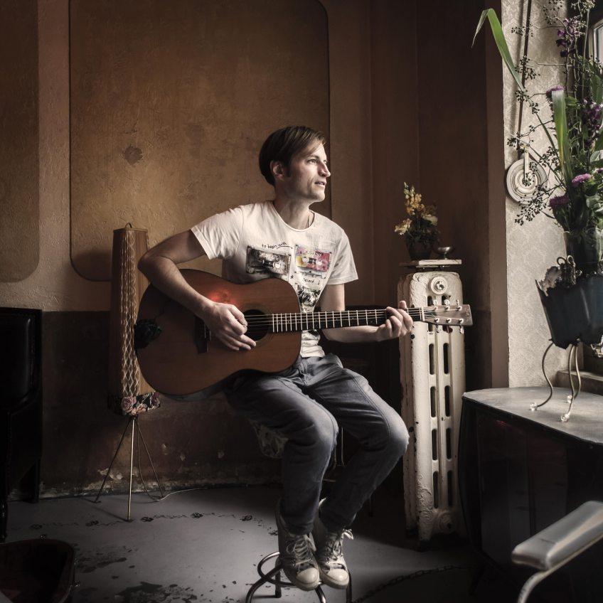 Saitenklänge Sommerkonzerte unplugged 2021  Singer & Songwriter-Konzerte auf Schloss Eulenbroich