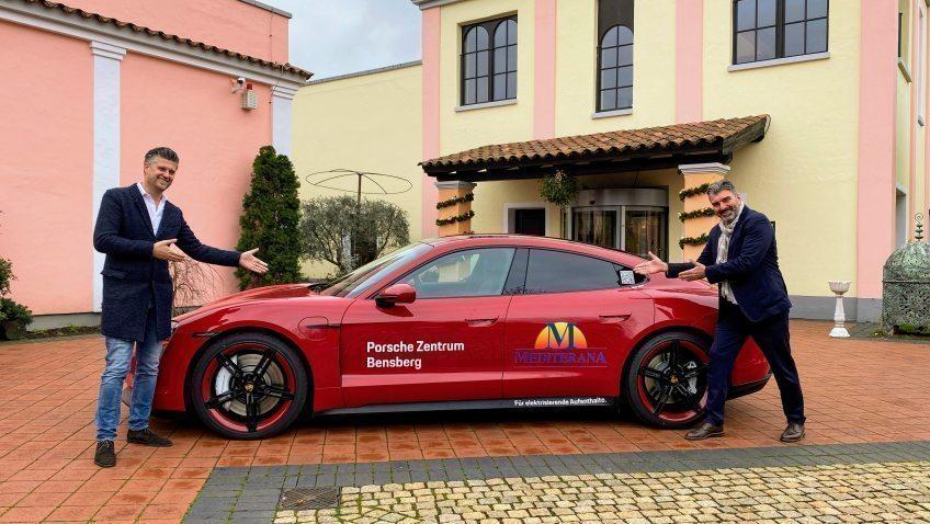 Mit dem Start der Adventszeit beginnt die Kooperation zwischen dem Porsche Zentrum Bensberg und dem Mediterana