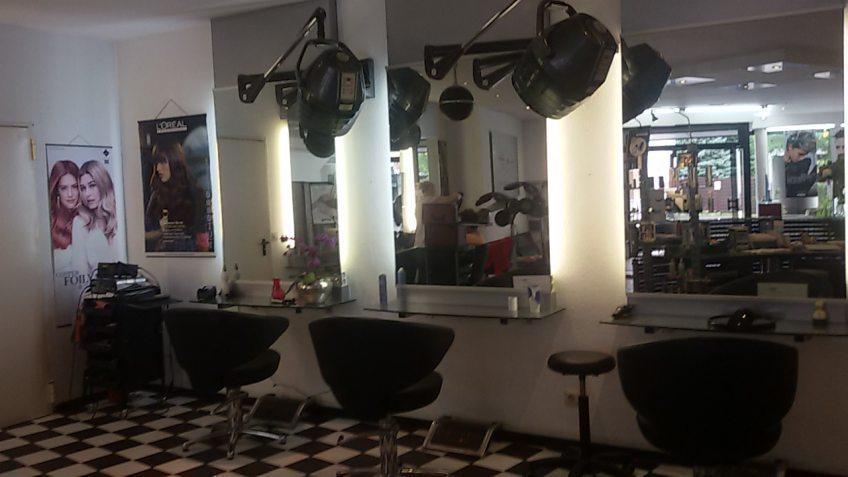 Frisurenstudio Breuer in Refrath kreiert die neuen Frisurentrends für den Herbst und Winter 2019/2020 sowie für Weihnachten und Sylvester