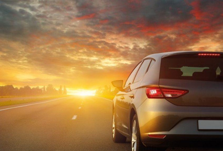 Begrenztes-Angebot%3A-ADAC-Autovermietung-r%C3%A4t-zur-schnellen-Buchung-bei-Mietwagen-und-Wohnmobilen